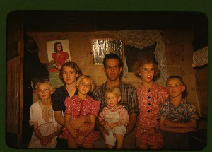Jack Whinery, homesteader, and his family, Pie Town, New Mexico October 1940